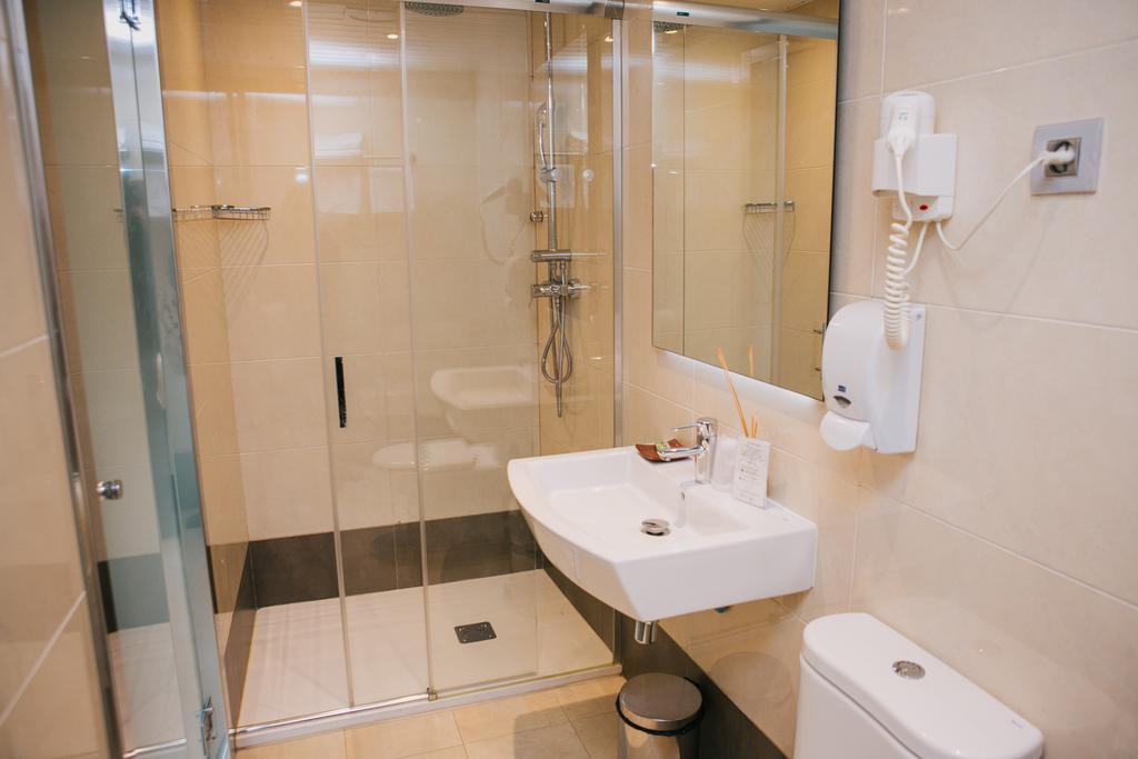 Hostal-Fernando-photos-Exterior-Hotel-information